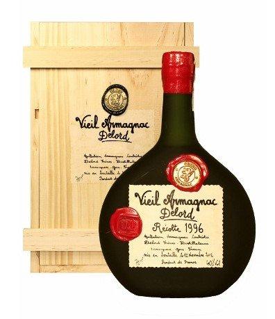Lahev Armagnac Delord 1999 0,7l 40% Dřevěný box