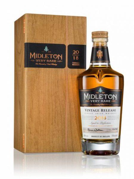Lahev Midleton Very Rare 0,7l 40% 2018 Dřevěný box
